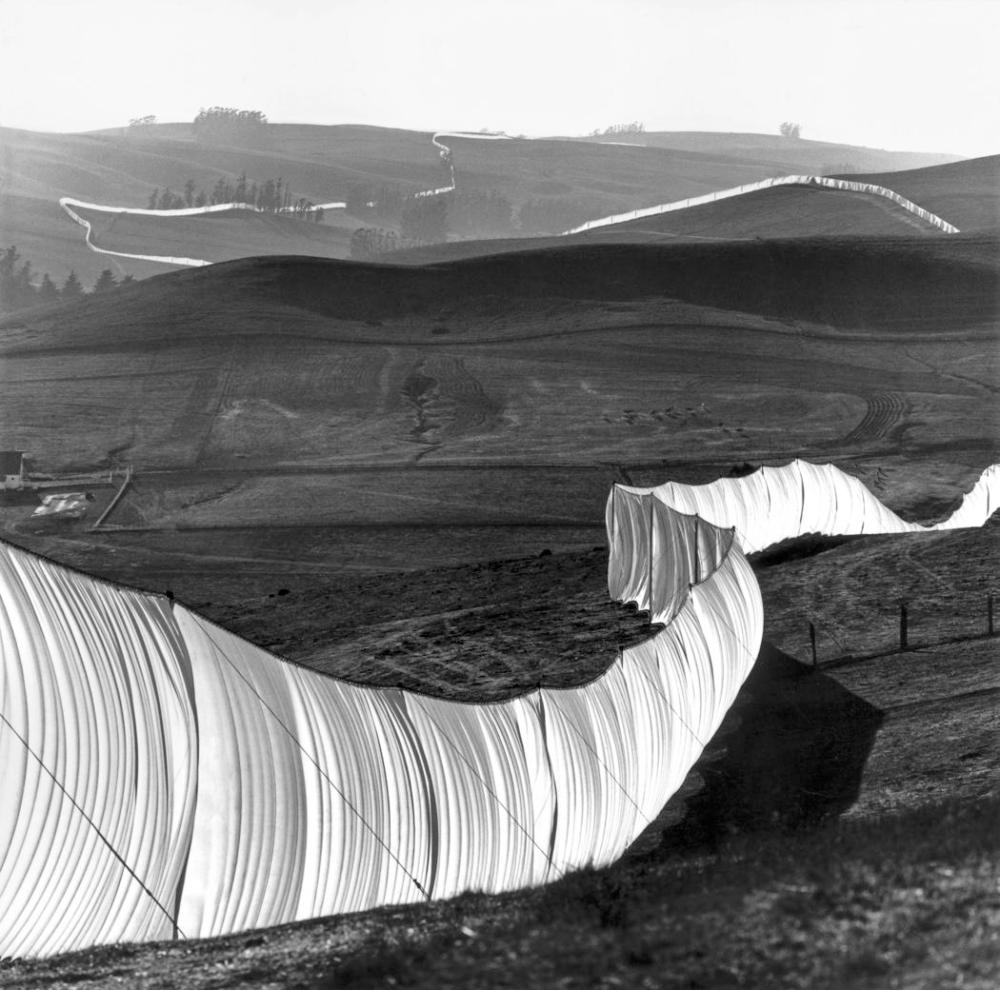 Christo and Jeanne-Claude  Running Fence, Sonoma and Marin Counties, California, 1972-76