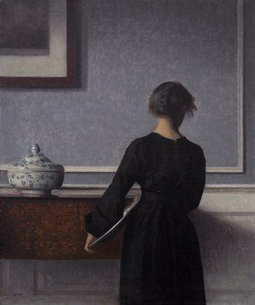 Vilhelm_Hammershoi_-_Interieur_mit_Rueckenansicht_einer_Frau_-_1903-1904_-_Randers_Kunstmuseum